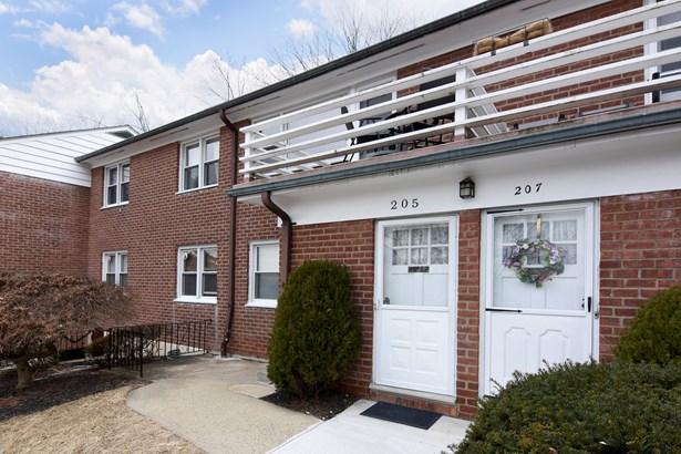 205 S Buckhout Street 205, Irvington, NY - USA (photo 1)