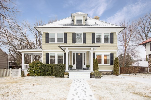 32 Lafayette Drive, Port Chester, NY - USA (photo 1)