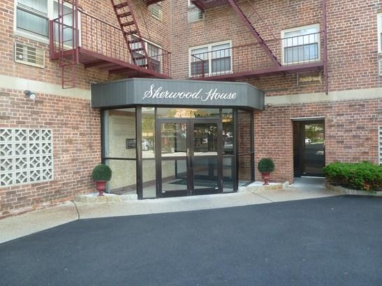 20 Secor Place 4c, Yonkers, NY - USA (photo 1)