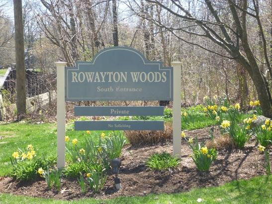 109 Rowayton Woods Drive #109 109, Norwalk, CT - USA (photo 2)