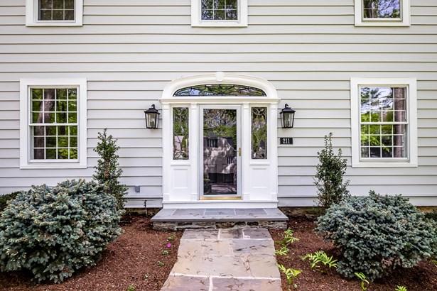 211 Douglas Place, Mount Vernon, NY - USA (photo 2)