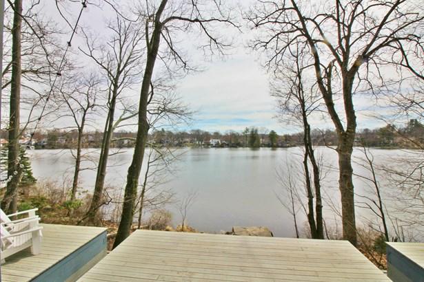 279 Lake Drive, Lake Peekskill, NY - USA (photo 2)