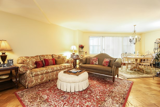 300 Martine Avenue 8a, White Plains, NY - USA (photo 4)