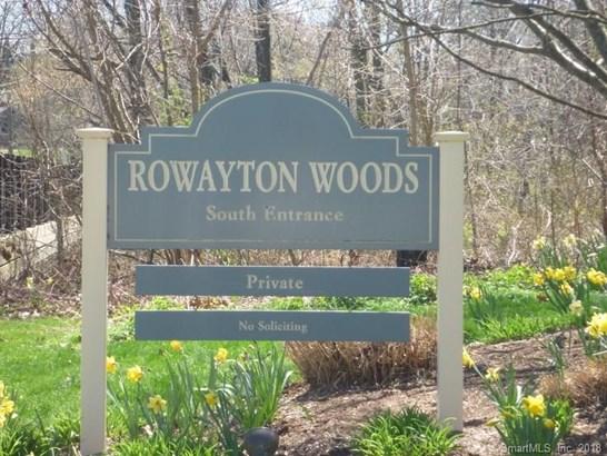100 Rowayton Woods Drive #100 100, Norwalk, CT - USA (photo 2)