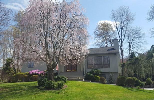 239 Briarwood Drive, Somers, NY - USA (photo 1)