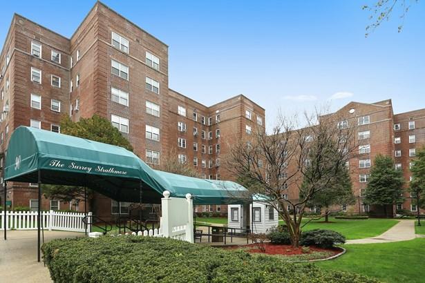 90 Bryant Avenue 3b Berkley, White Plains, NY - USA (photo 1)