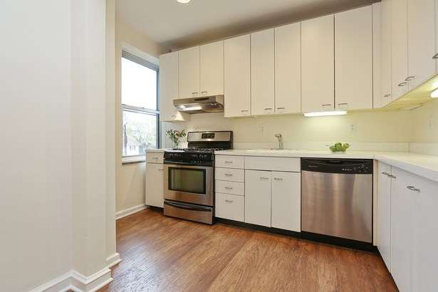 90 Bryant Avenue 3b Berkley, White Plains, NY - USA (photo 4)