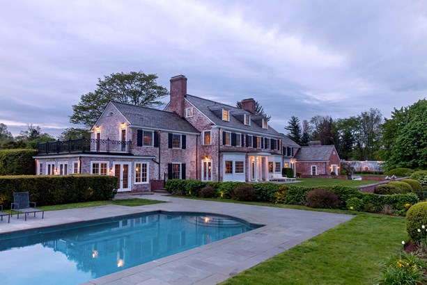 N Wilton Road, New Canaan, CT - USA (photo 1)