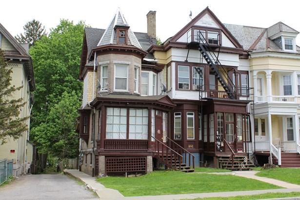 44 S Hamilton, Poughkeepsie, NY - USA (photo 1)