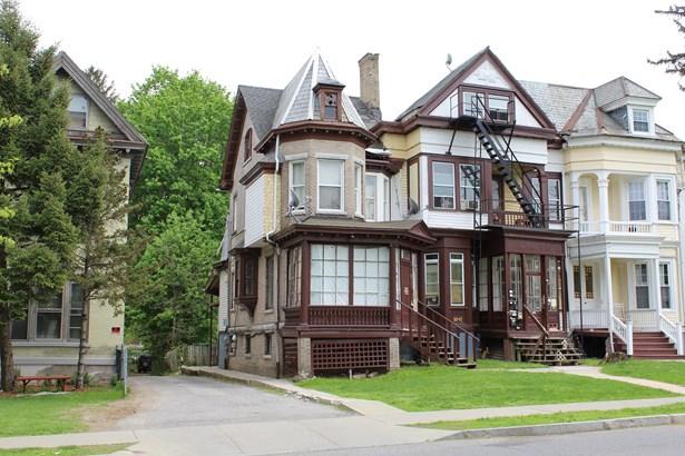 44 S Hamilton, Poughkeepsie, NY - USA (photo 2)