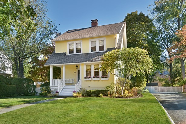 32 Browndale Place, Port Chester, NY - USA (photo 1)