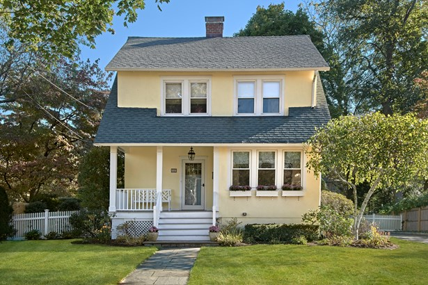 32 Browndale Place, Port Chester, NY - USA (photo 2)