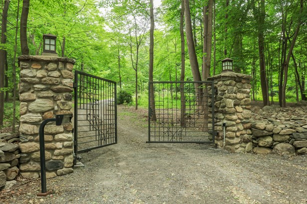 530 Lane Gate Road, Cold Spring, NY - USA (photo 2)