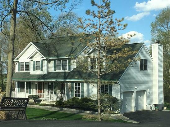 25 Carrington Dr, East Fishkill, NY - USA (photo 1)