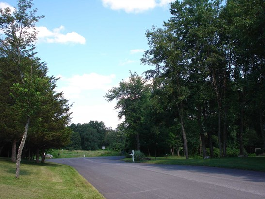 Wildrose Lot 2 Ln, La Grange, NY - USA (photo 3)