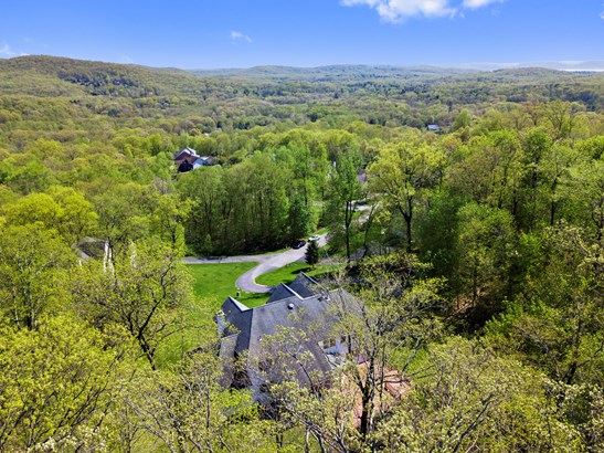 11 Red Oak Lane, Cortlandt Manor, NY - USA (photo 2)