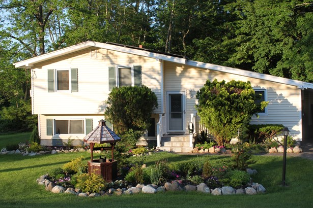 3830 Chesterfield Drive, Mohegan Lake, NY - USA (photo 1)