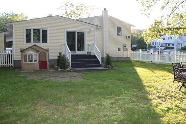 3830 Chesterfield Drive, Mohegan Lake, NY - USA (photo 5)
