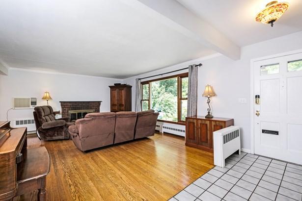 25 Manor Avenue, White Plains, NY - USA (photo 3)
