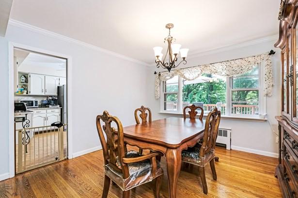 25 Manor Avenue, White Plains, NY - USA (photo 5)