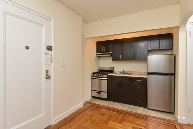 2685 Creston Avenue 2-c, Bronx, NY - USA (photo 3)