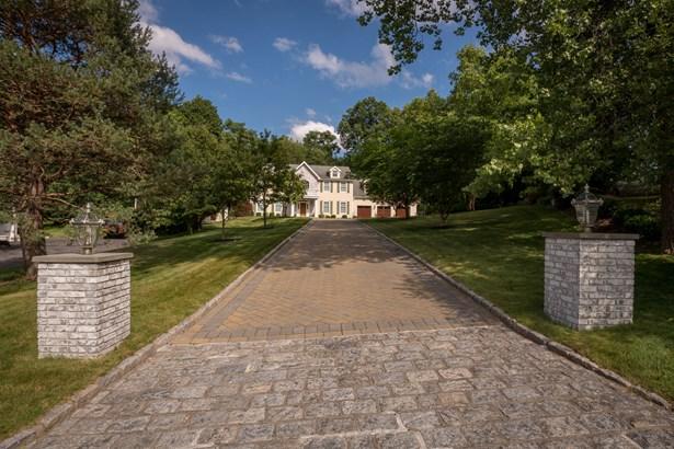 65 Westchester View Lane, White Plains, NY - USA (photo 2)