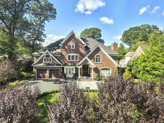 1329 Manor Circle, Pelham, NY - USA (photo 1)