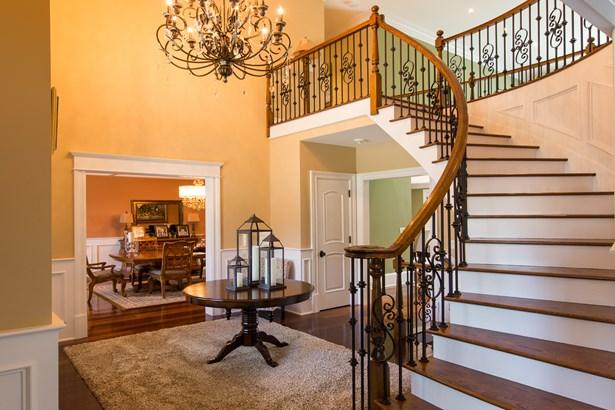 1329 Manor Circle, Pelham, NY - USA (photo 2)