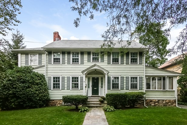 572 Manor Lane, Pelham, NY - USA (photo 1)