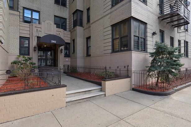 2962 Decatur Avenue 4-f, Bronx, NY - USA (photo 2)