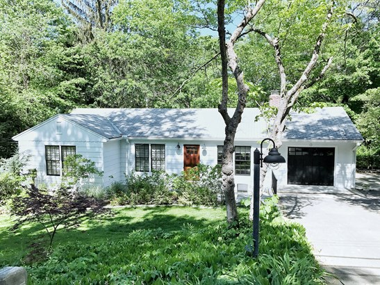 61 Clay Hill Road, Stamford, CT - USA (photo 1)