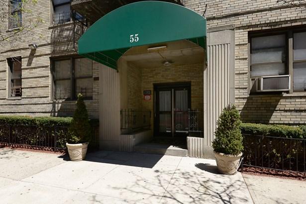 55 E 190 Street 43, Bronx, NY - USA (photo 2)