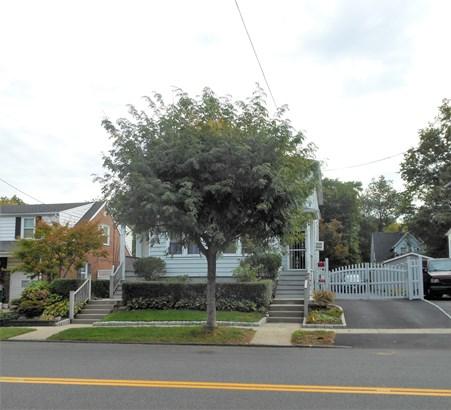 1484 Nepperhan Avenue, Yonkers, NY - USA (photo 3)