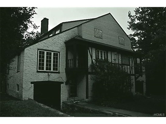 29 Nutgrove Street, White Plains, NY - USA (photo 1)