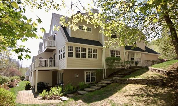 84 Lake Marie Lane, Bedford Hills, NY - USA (photo 1)