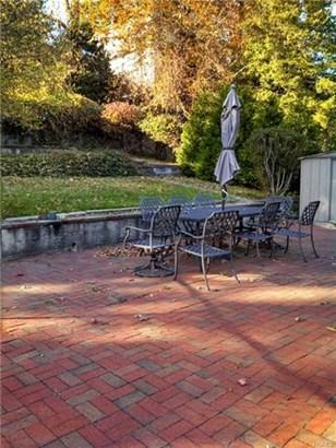 17 Homecrest Oval, Yonkers, NY - USA (photo 2)