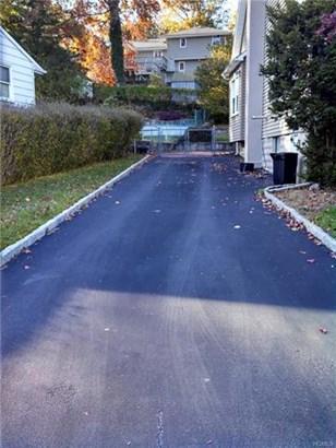 17 Homecrest Oval, Yonkers, NY - USA (photo 3)