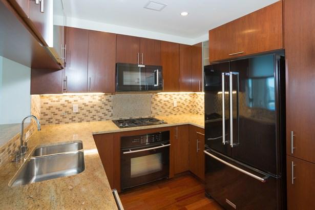 175 Huguenot Street 3105, New Rochelle, NY - USA (photo 1)