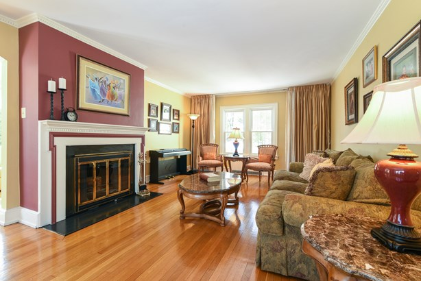162 Commonwealth Avenue, Mount Vernon, NY - USA (photo 5)