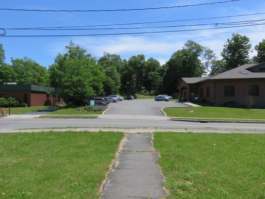 20 Lakewood Avenue, Monticello, NY - USA (photo 3)