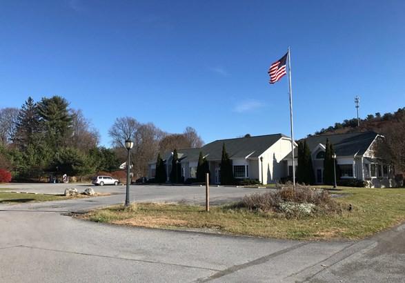 15 Pilch Drive, Pine Plains, NY - USA (photo 1)