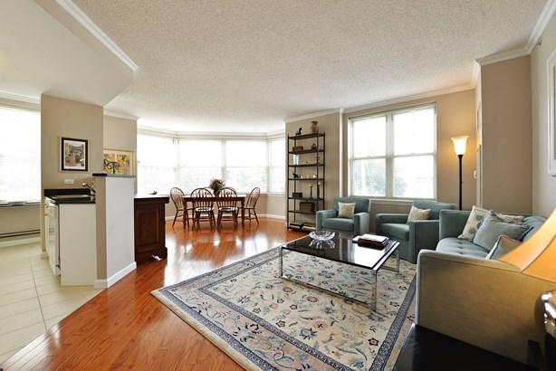 300 Mamaroneck Avenue 503, White Plains, NY - USA (photo 1)