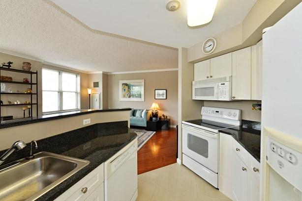300 Mamaroneck Avenue 503, White Plains, NY - USA (photo 4)
