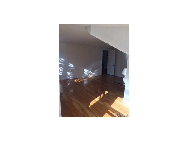 16 Sunset Drive 3, Bedford Hills, NY - USA (photo 4)