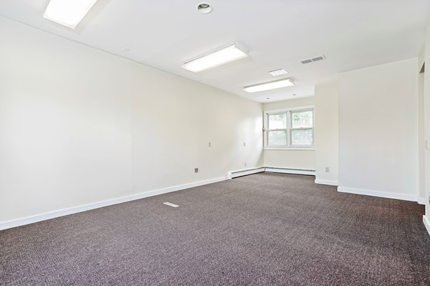 308 Battle Avenue 1, White Plains, NY - USA (photo 4)