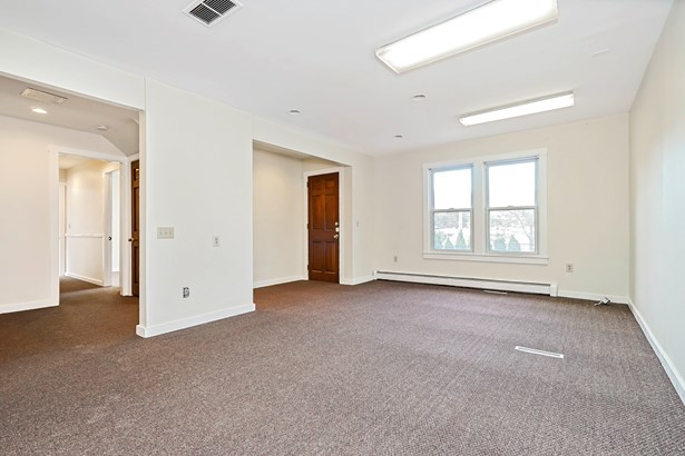 308 Battle Avenue 1, White Plains, NY - USA (photo 5)