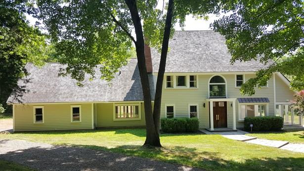 5 Woods End Rd, La Grange, NY - USA (photo 1)