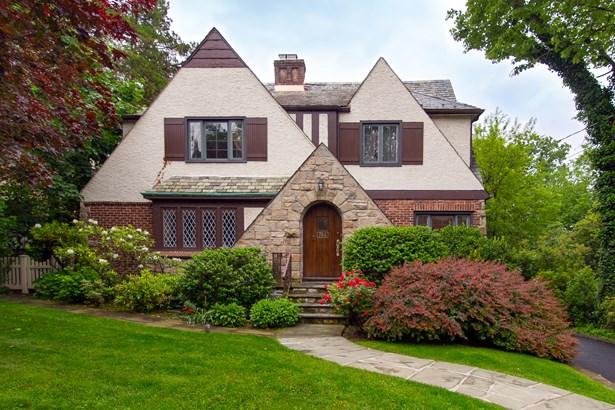 784 Colonial Avenue, Pelham, NY - USA (photo 1)