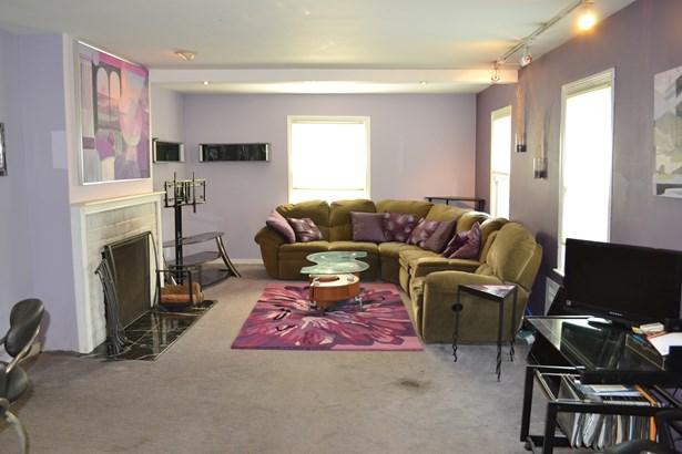 383 Packman Avenue, Mount Vernon, NY - USA (photo 2)