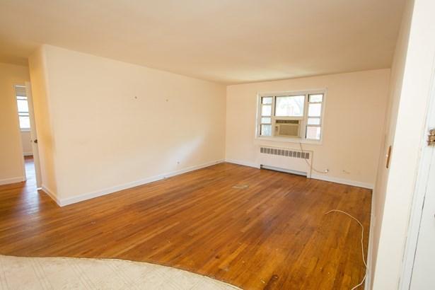 861 Palisade Avenue 2e, Yonkers, NY - USA (photo 3)